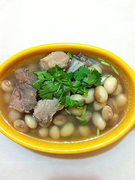 Tiger beans soup