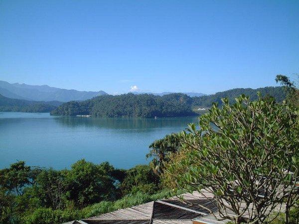 韓碧樓-湖景