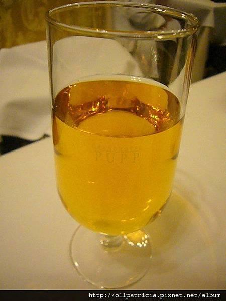 2012.03.15~24捷克4-4 Grandhotel Pupp night (11).JPG