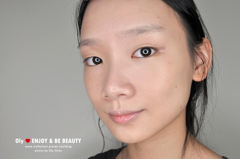 后舒芙蕾氣墊粉底。韓國光澤底妝