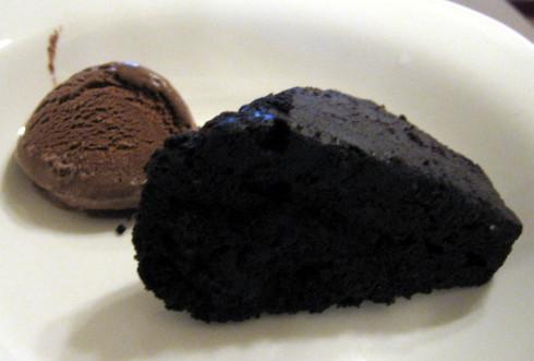 布朗尼巧克力蛋糕+冰淇淋