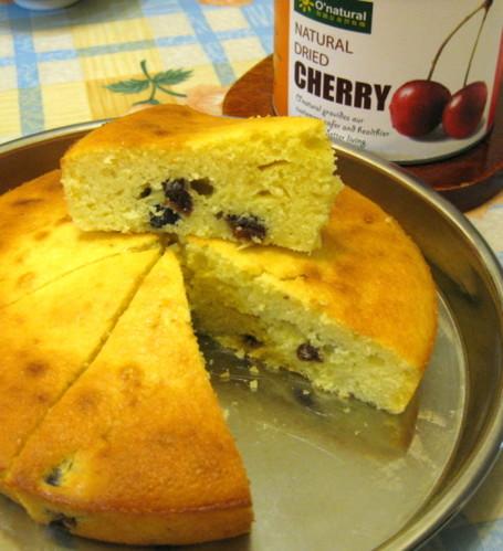 鬆軟酸甜的櫻桃乾蛋糕