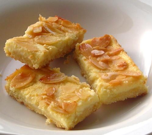 蜂蜜杏仁起司餅