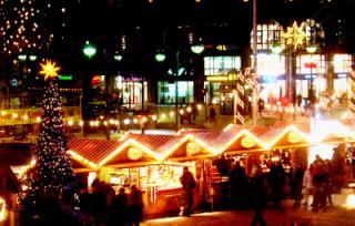 XMAS IN BERLIN market.jpg