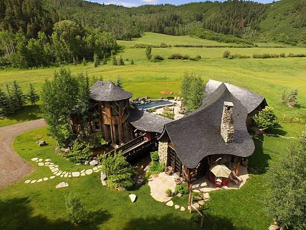 4. 科罗拉多州,伍迪溪(WOODY CREEK CO),邮编81656,房价中值:702万893美元.jpeg