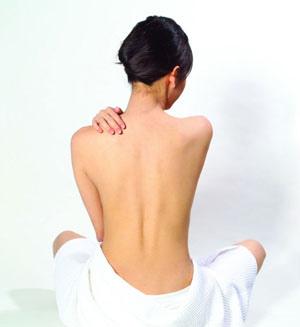 減掉背部贅肉 打造美背運動