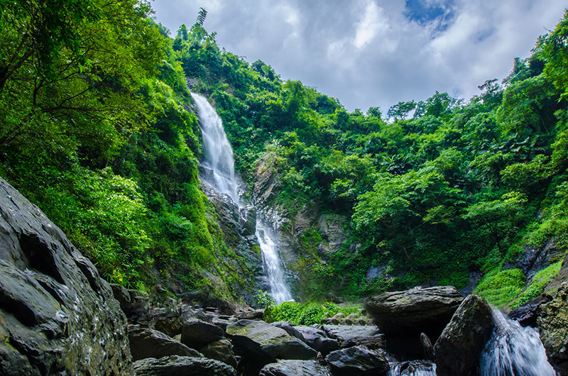 Liangshan-Waterfall-08.jpg
