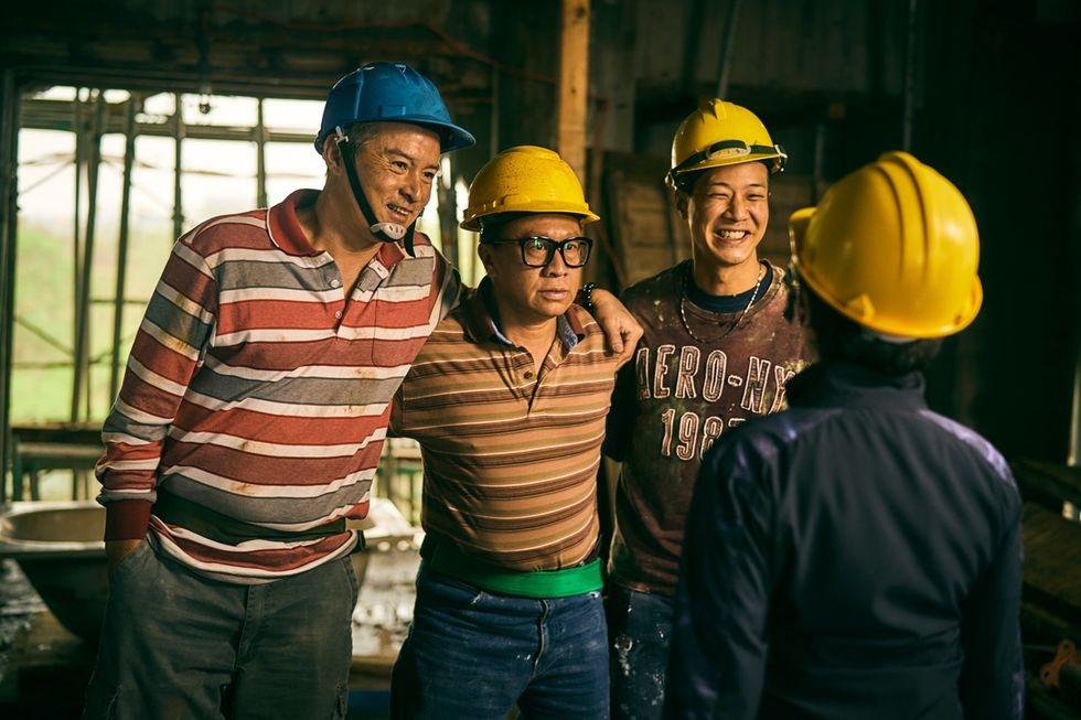 Workers-7.jpg