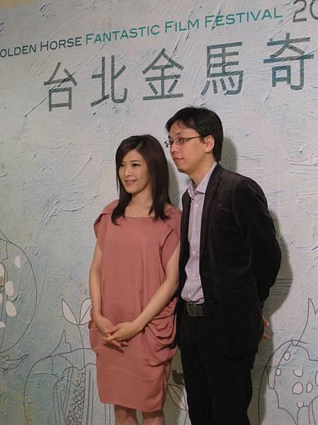 電影「有一天」同名主題曲演唱歌手蘇慧倫與導演侯季然