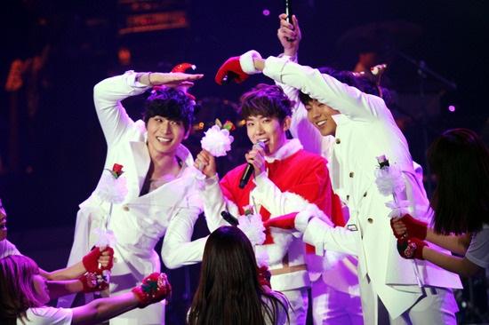 ♥2AM日本演唱會