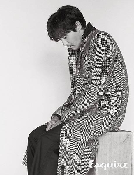 esq201710_interview_jang_007-640x836