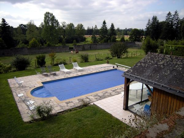 城堡之游泳池