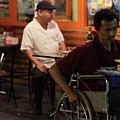 輪椅男-03.jpg