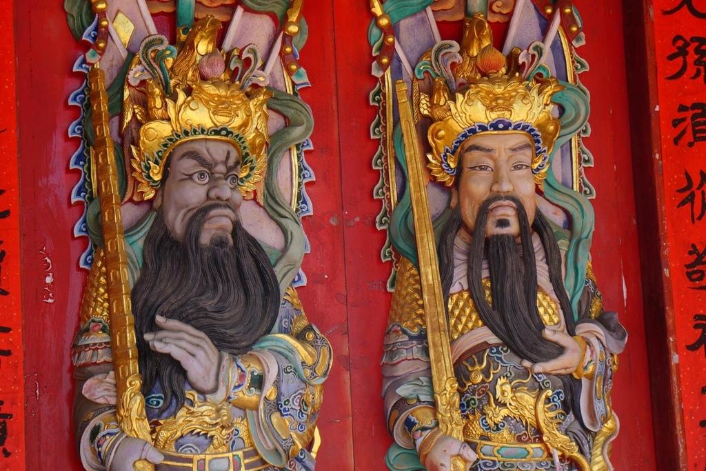薛氏家廟門神設計,看起來好傳神啊