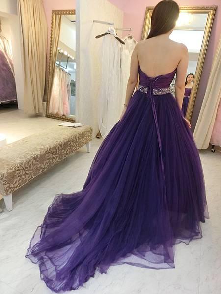 紫色篷裙3