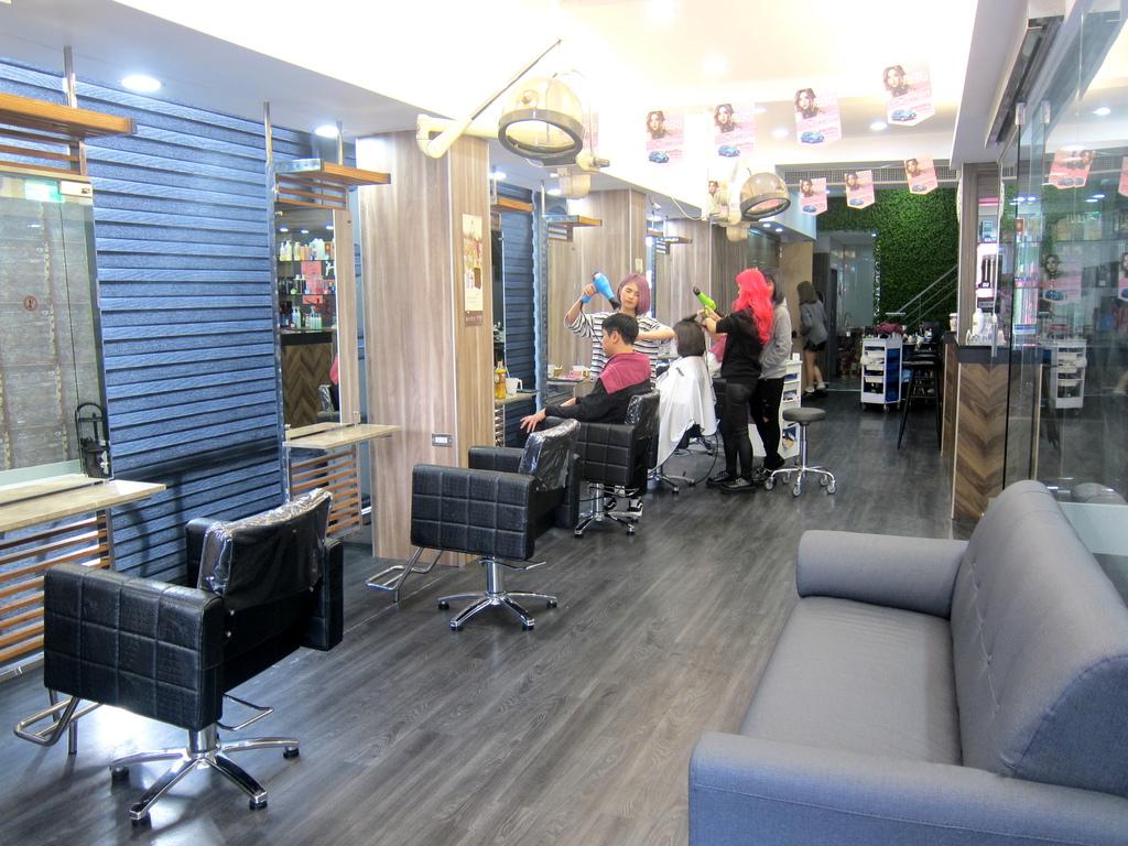 AT37hair salon-7.JPG