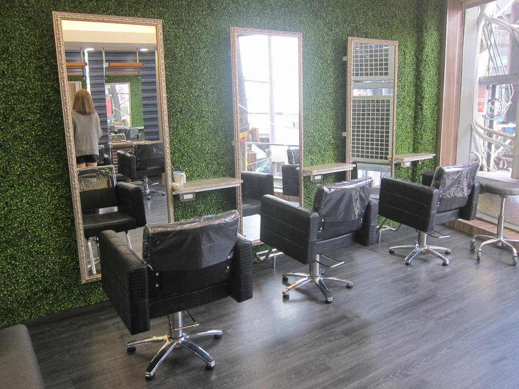 AT37hair salon-9-1.JPG
