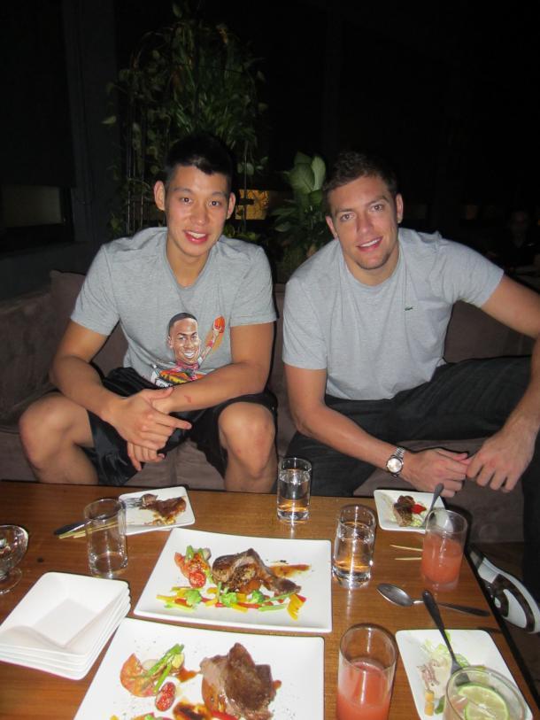 2012.08.28 林書豪與David Lee爵士餐廳共進晚餐