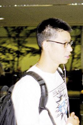 2012.09.05 林書豪回金山機場未現騷動