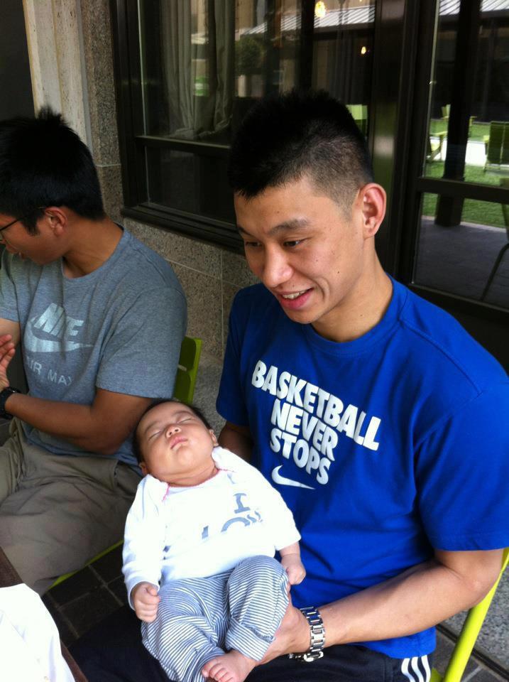林書豪抱小baby