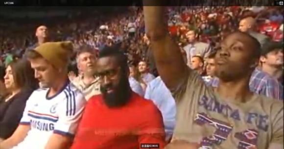 林書豪 看UFC格鬥冠軍賽