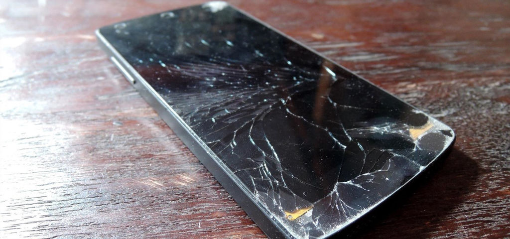 extreme-trick-lets-you-salvage-lcd-from-your-broken-phone-screen.1280x600.jpg
