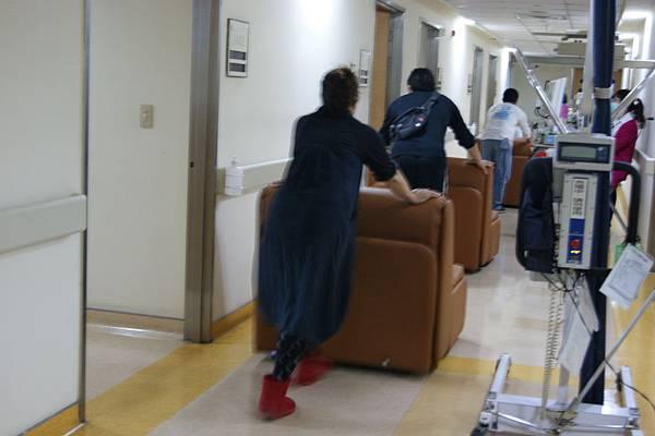 歐朋沙發床 梧棲童綜合醫院