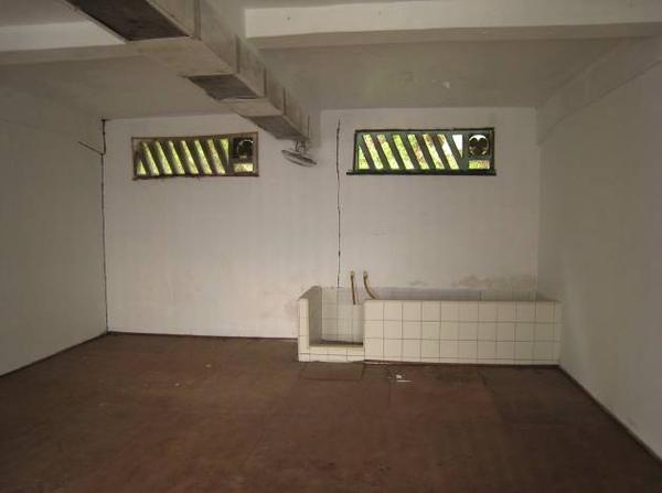 約20來坪的監獄房舍.jpg