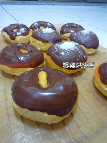 966-巧克力甜甜圈+巧克力花生麵包2012.11.10