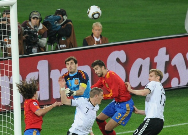 acf608dc72cb83032f612c393ba89910-getty-fbl-wc2010-match62-ger-esp.jpg