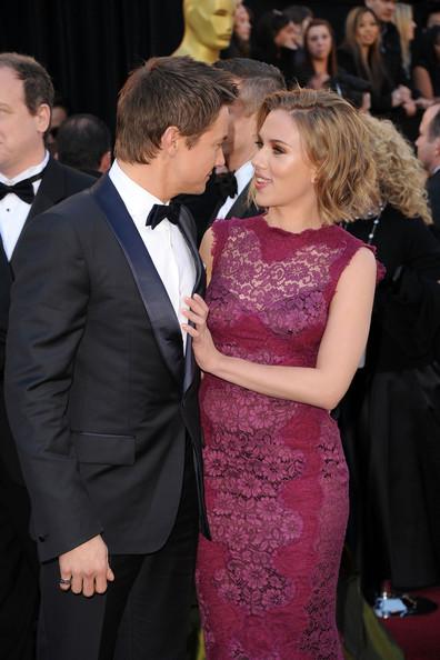 Scarlett+Johansson+83rd+Annual+Academy+Awards+Fw77J0TDAZ_l.jpg