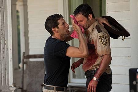 The Walking Dead S2 (7).jpg