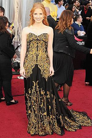 JessicaChastain-red-carpet-oscar-academy-awards-2012-02.jpg