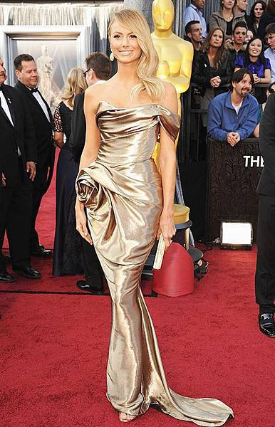 StacyKeibler-red-carpet-oscar-academy-awards-2012-02.jpg