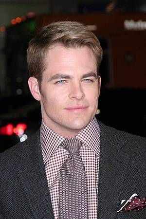 Chris-Pine-this-means-war-premiere2.jpg