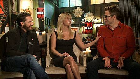 Reese-Witherspoon-Chris-Pine-Tom-Hardy-Interview-Video.jpg