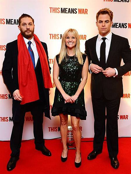 movies_this_means_war_premiere_8.jpg