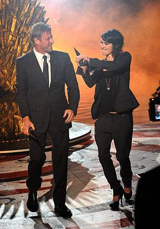 Sean-Bean-Lena-Headey-2011-Scream-Awards-game-of-thrones-26106599-419-600