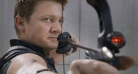 Jeremy-Renner-stars-as-Hawkeye-in-The-Avengers.jpg