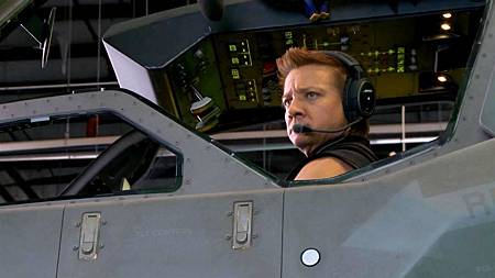 Jeremy-Renner-stars-as-Hawkeye-in-The-Avengers-2012.jpg