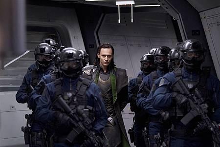 Tom-Hiddleston-stars-as-Loki-in-The-Avengers-2012.jpg