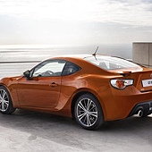 2012-Toyota-GT-86-Coupe-Image-06-800.jpg