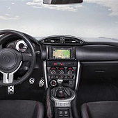 Toyota-GT86-Coupe-2012-i004-800.jpg