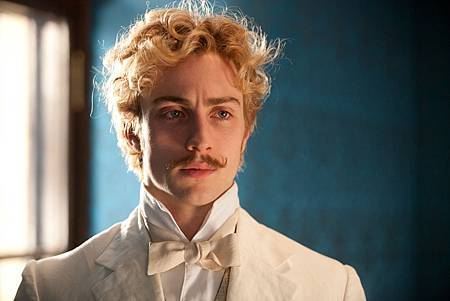 anna_karenina_interview_aaron_taylor_johnson