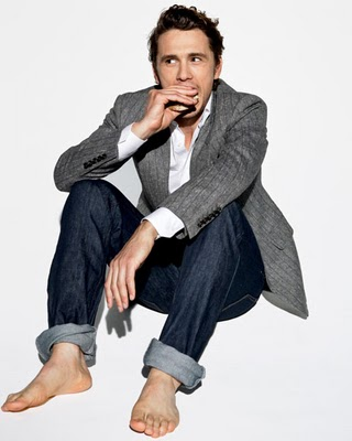 gallery_enlarged-james-franco-esquire-magazine-08112010-03.jpg