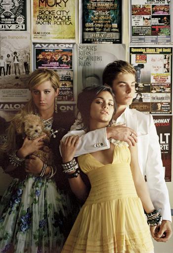 Zac-Vanessa-Ashley-Elle-Magazine-Photoshoot-zac-efron-1933791-350-510.jpg