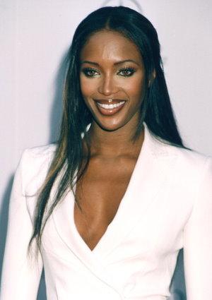 Naomi (1).jpg