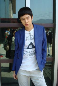 Hee chul (28).jpg