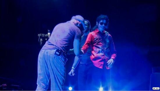 MJ IS IT (63).jpg