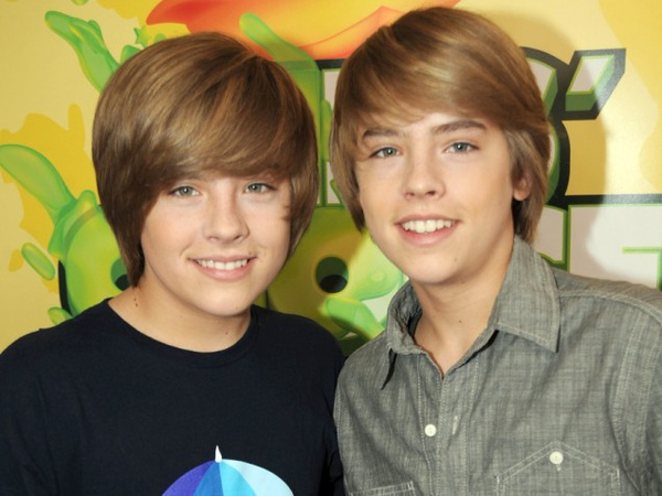 TS-Dylan-And-Cole-Sprouse.jpg
